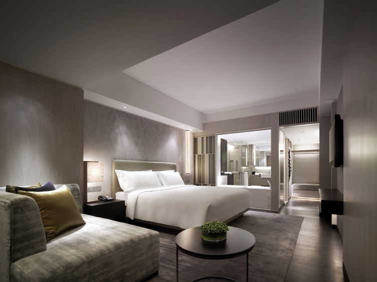 Luxury Hotel Rooms With 5 Star Amenities New World Makati Hotel